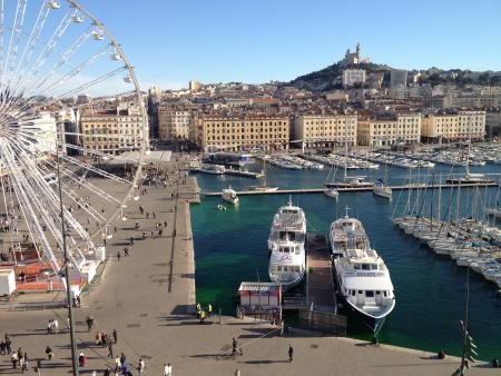 Départ des croisières depuis le Vieux-Port de Marseille