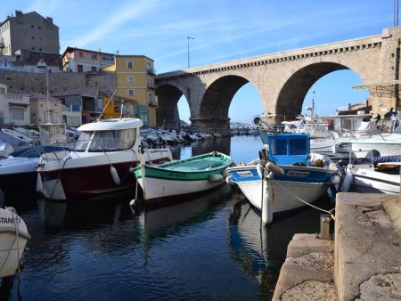 Port de pêche: le Vallon des Auffes