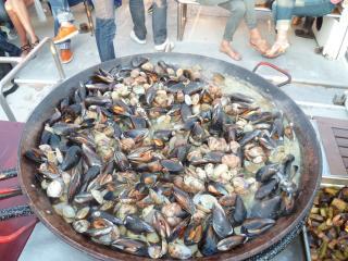 Visite des calanques et dégustation de produits de la mer
