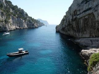 Visite des calanques et baignade pour EVJF à Marseille