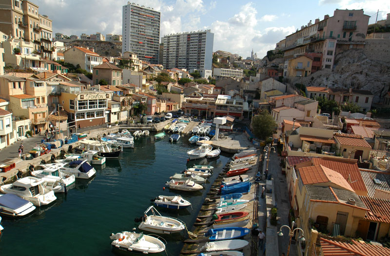 bay of marseille and if castle our boat tours. Black Bedroom Furniture Sets. Home Design Ideas